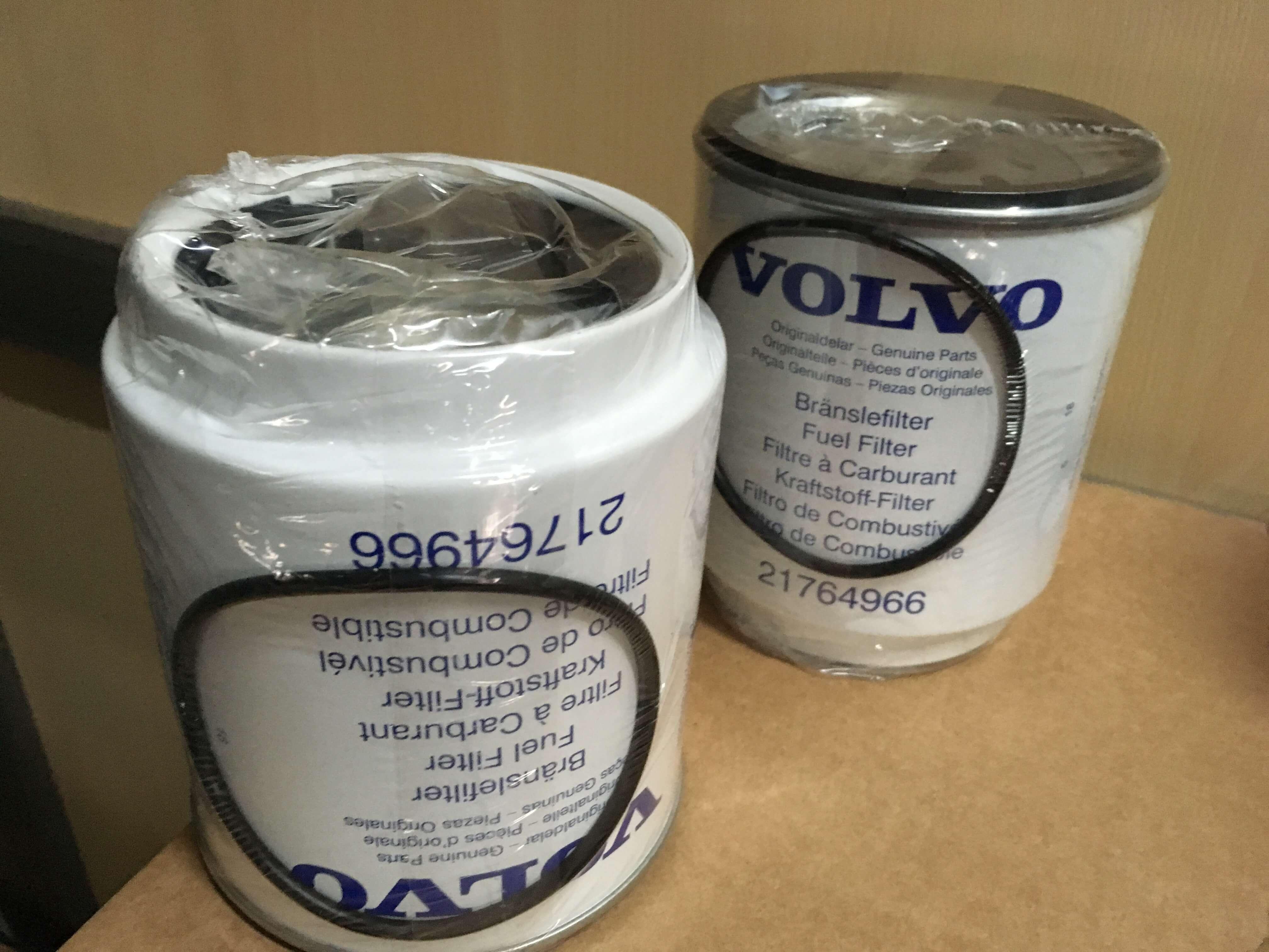21764966 filtro de gasoil VOLVO. Venta de recambios orginales para camiones en SCAORTIZ - Filtro de gasoil VOLVO. Referencia 21764966